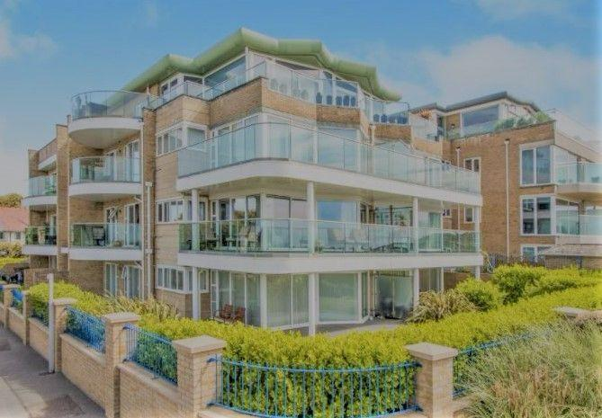 2 Bedrooms Flat for rent in Studland View, Montague Road, Bournemouth, BH5 2EW