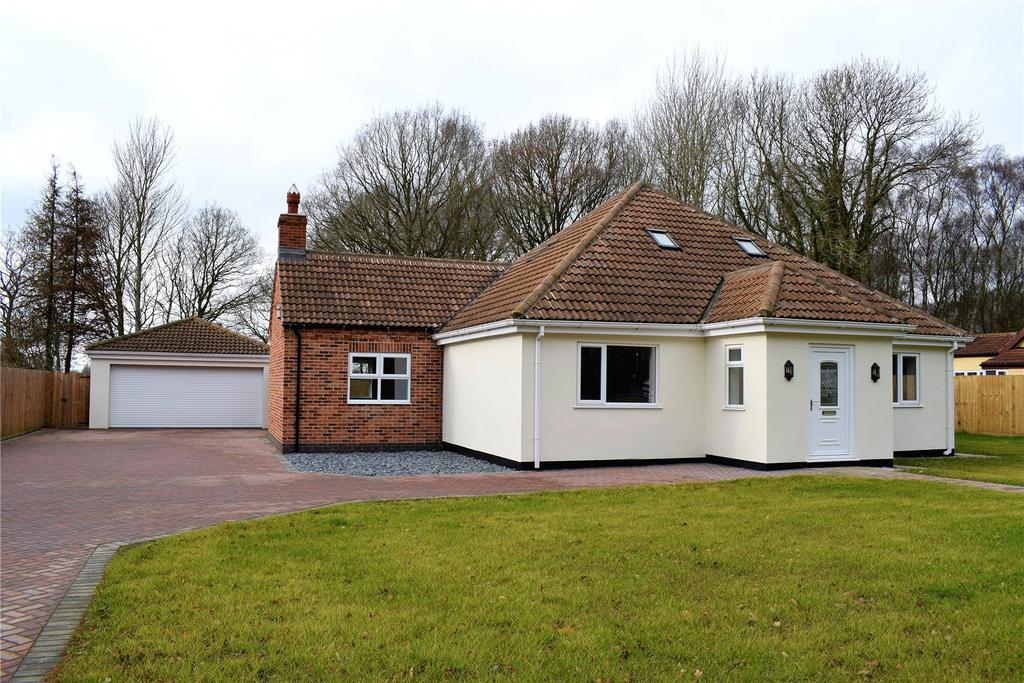 3 Bedrooms Detached Bungalow for sale in Walesby Road, Market Rasen, Lincolnshire, LN8