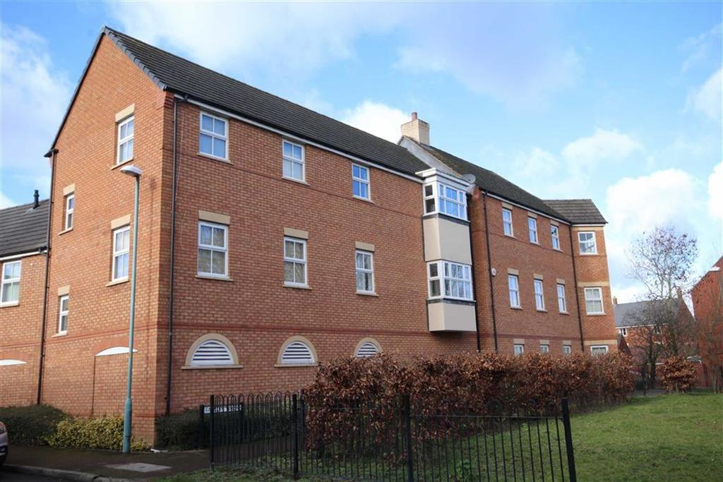 2 Bedrooms Flat for sale in Falcon Court, Walton Cardiff, Tewkesbury, Gloucestershire