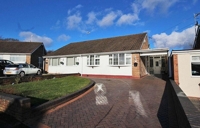 2 Bedrooms Semi Detached Bungalow for sale in Wordsworth Road, The Straits