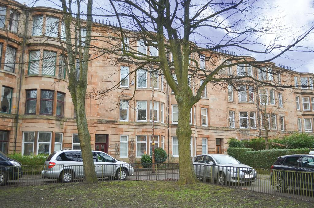 1 Bedroom Flat for sale in Battlefield Gardens, Flat 1/1, Battlefield, Glasgow, G42 9JP