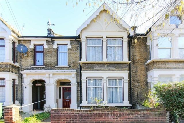 4 Bedrooms Terraced House for sale in Francis Road, Leyton