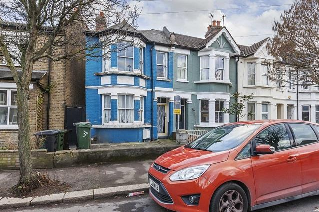 3 Bedrooms House for sale in Havant Road, Walthamstow