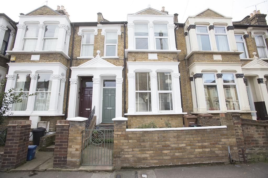 2 Bedrooms Flat for sale in Glyn Road, London E5