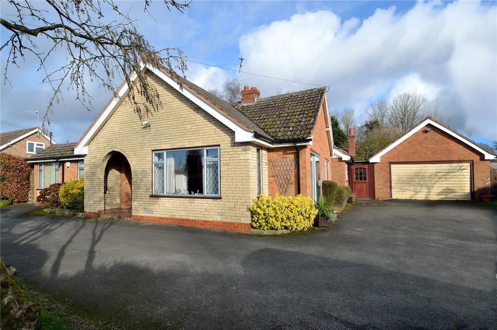 3 Bedrooms Detached Bungalow for sale in Cookhill, Alcester, Warwickshire