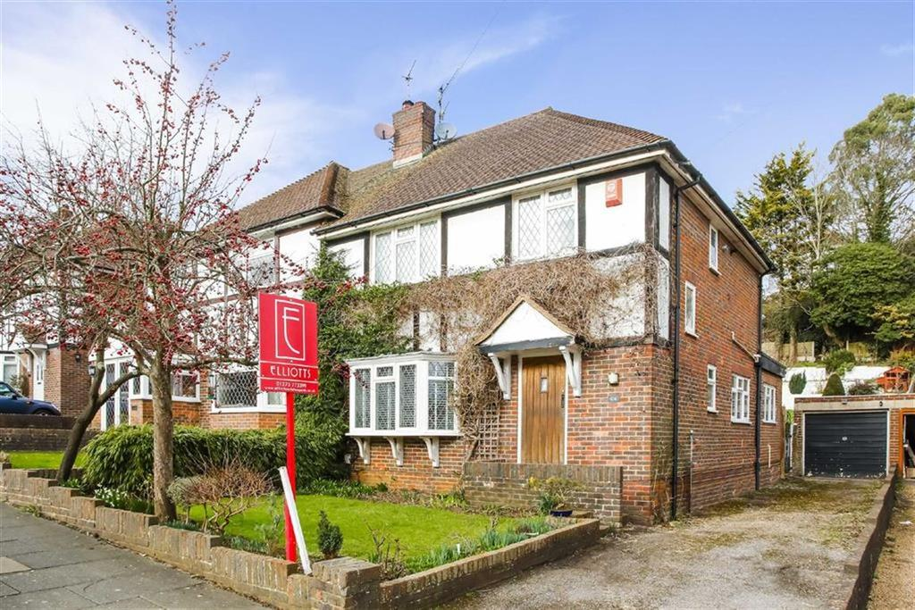 3 Bedrooms Semi Detached House for sale in Valley Drive, Brighton, East Sussex