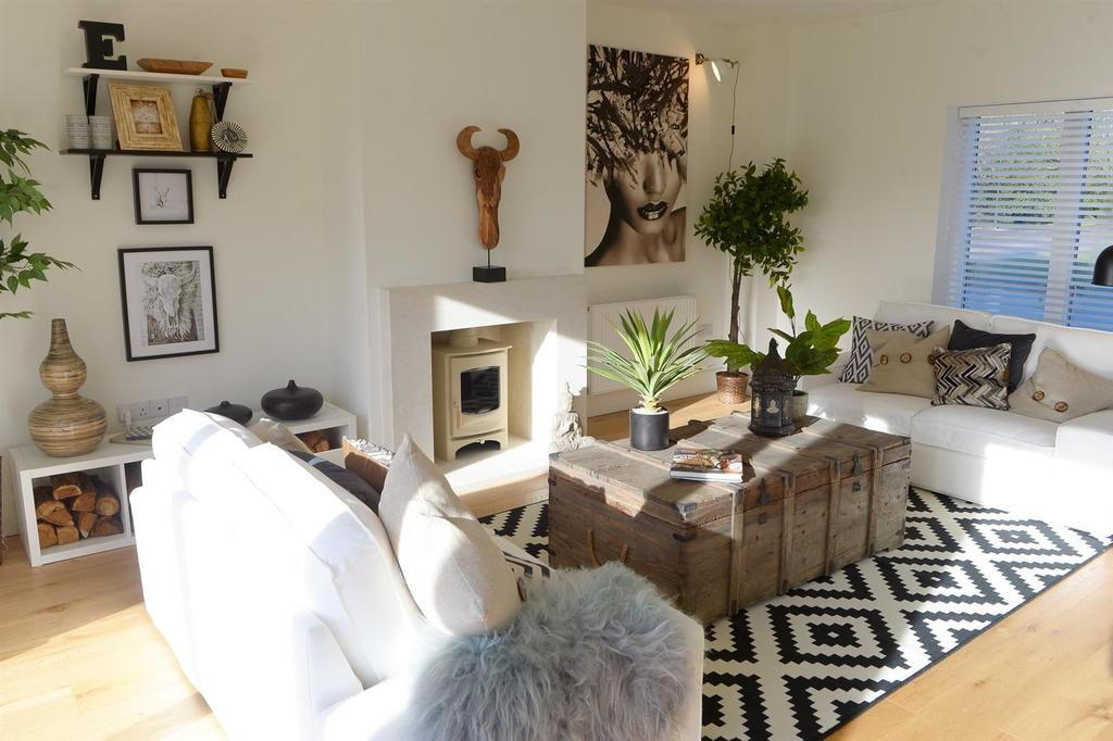 4 Bedrooms Detached House for sale in The Rowans, Par 3, Humberston