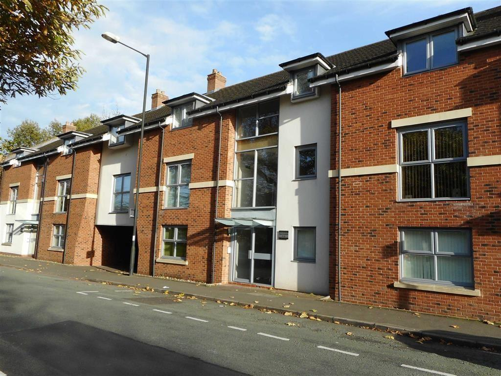 2 Bedrooms Penthouse Flat for sale in Virola Court, Bloxwich, Walsall