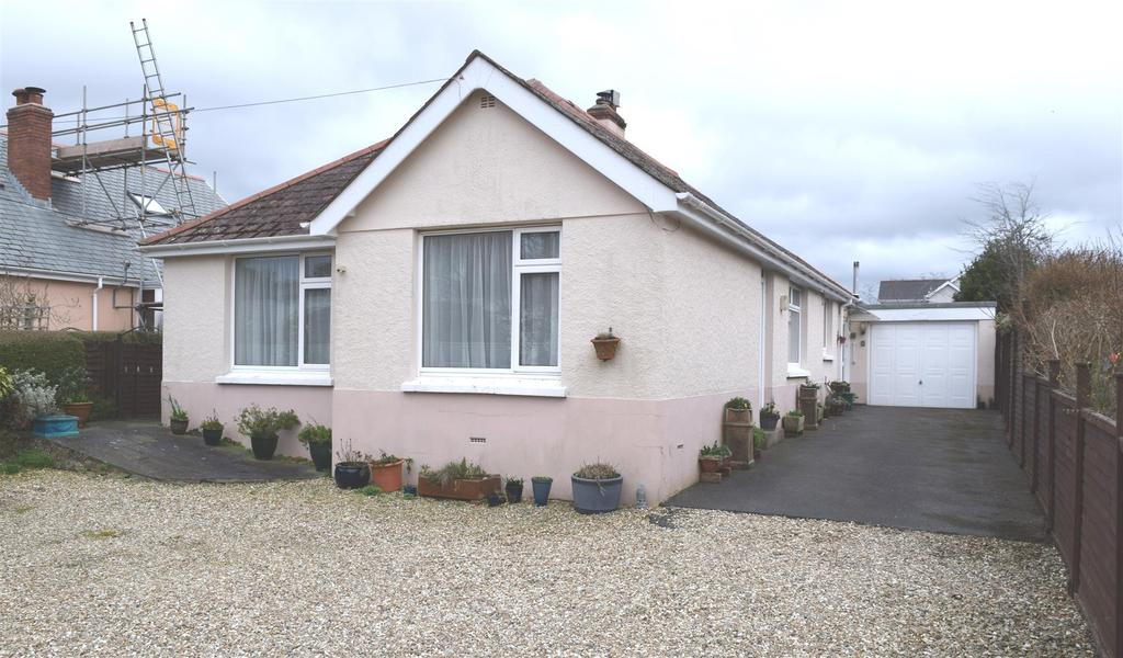 3 Bedrooms Detached Bungalow for sale in Rhododendron Avenue, Sticklepath, Barnstaple
