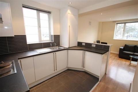 1 bedroom flat to rent - Wilmslow Road, East Didsbury, Manchester
