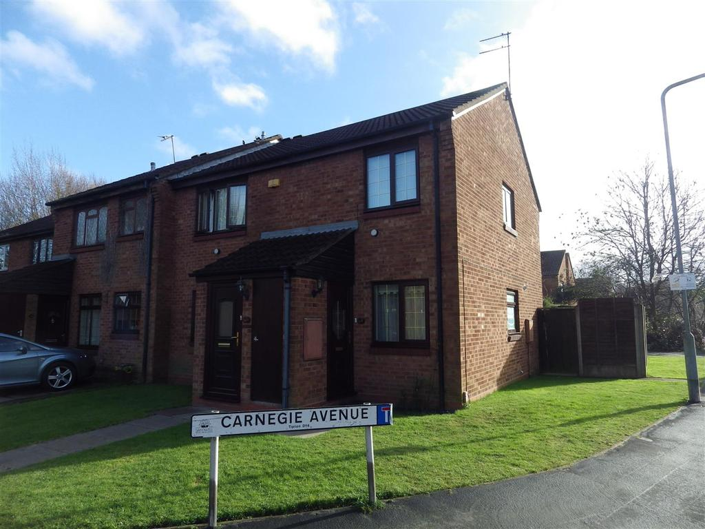 2 Bedrooms Flat for sale in Park Lane East, Tipton