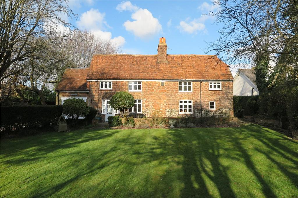 4 Bedrooms Detached House for sale in Spoil Lane, Tongham, Farnham, GU10