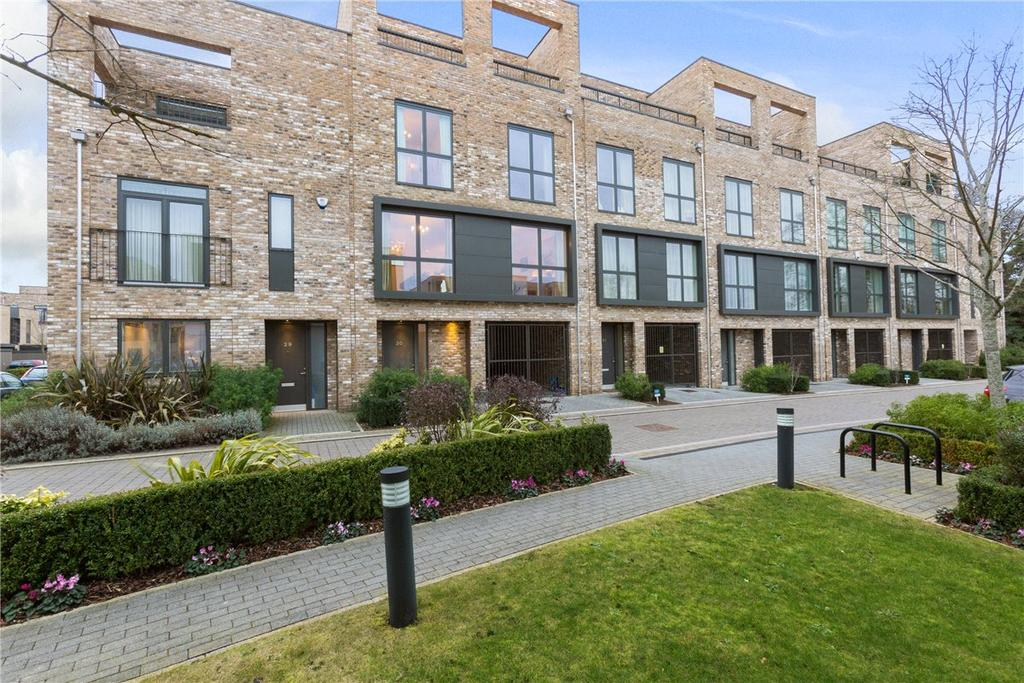 4 Bedrooms End Of Terrace House for sale in Northrop Road, Cambridge, CB2