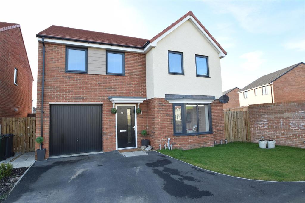 4 Bedrooms Detached House for sale in Edmund Road, Holystone,