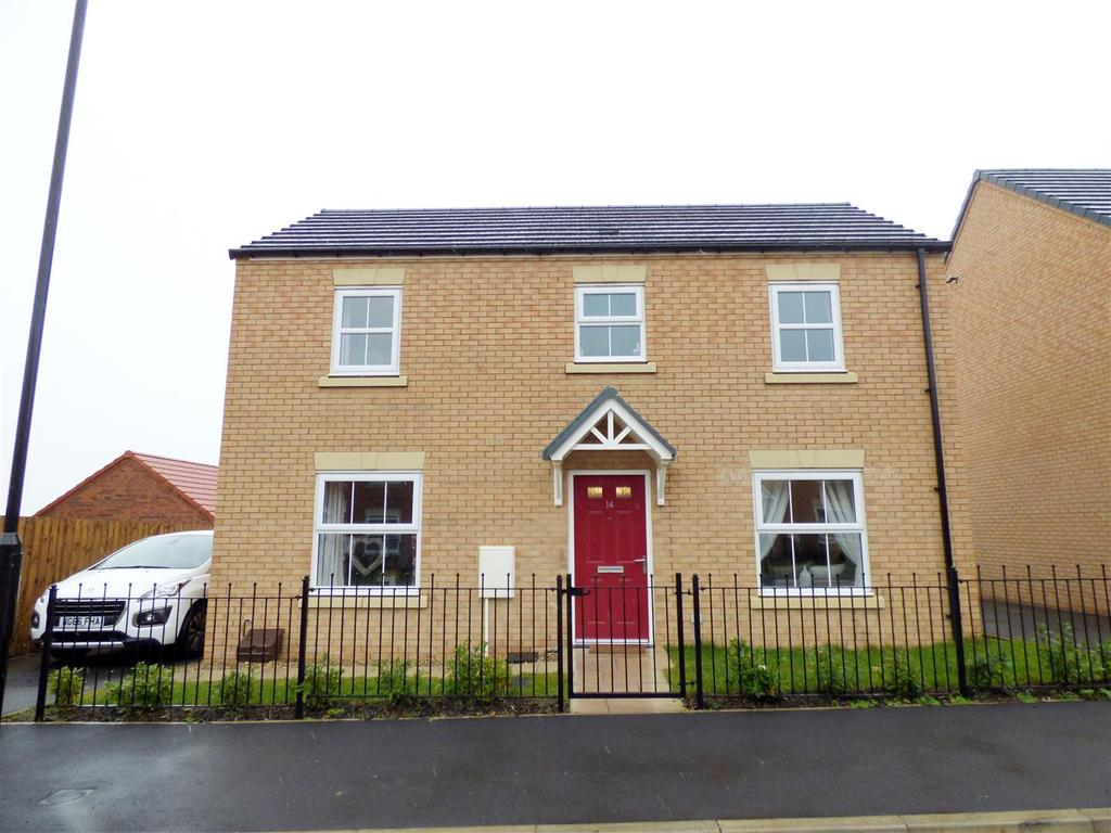 3 Bedrooms Detached House for sale in Kingfisher Drive, Easington Lane, Houghton Le Spring