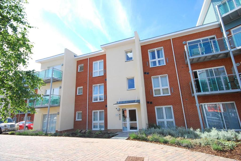 2 Bedrooms Flat for sale in Medhurst Drive Bromley BR1