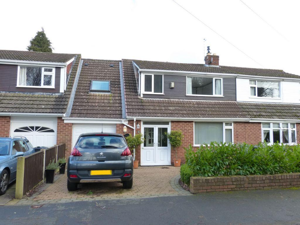 5 Bedrooms Semi Detached House for sale in Redsands, Aughton, L39