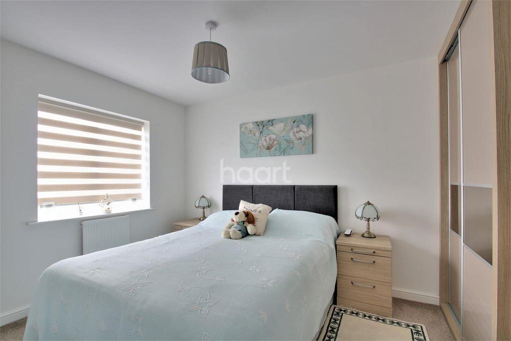 3 Bedrooms End Of Terrace House for sale in Belfrey Mews, Rushden