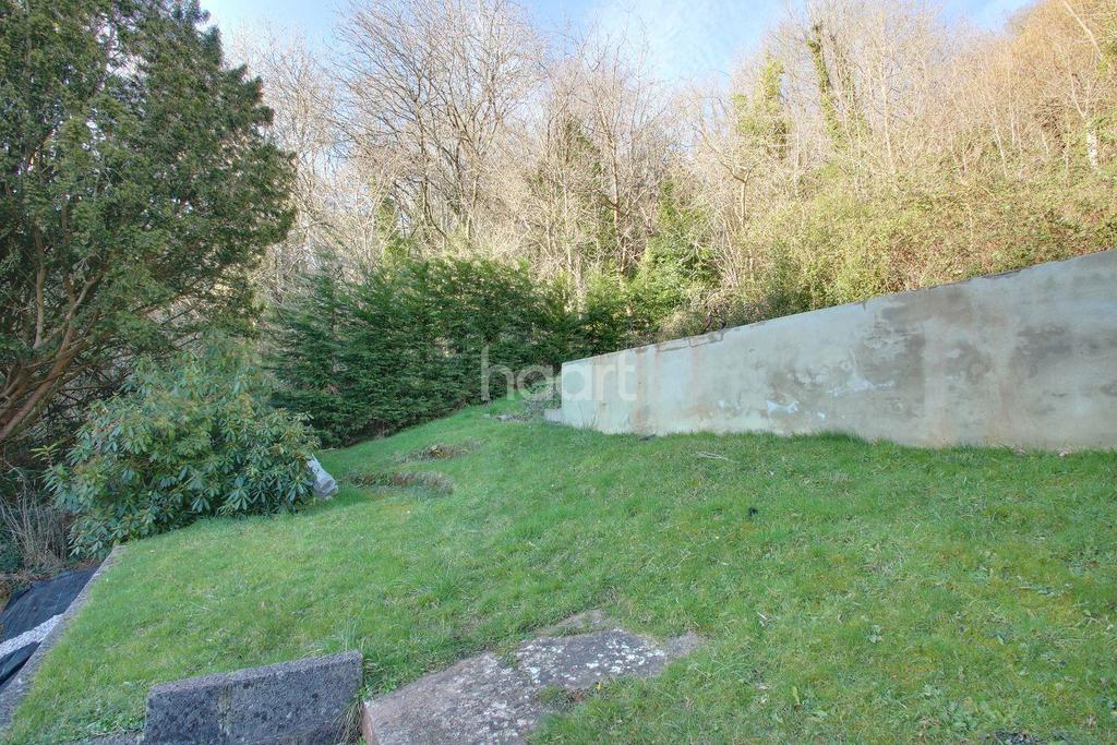 3 Bedrooms End Of Terrace House for sale in Occombe Valley Road, Paignton
