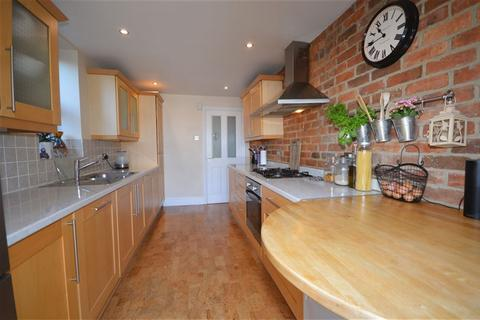 3 bedroom house to rent - Acland Road, Winton, Bournemouth, Dorset