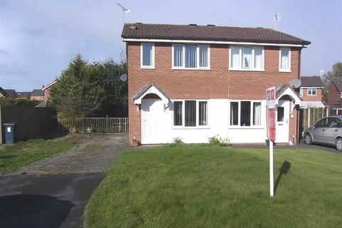 2 bedroom semi-detached house to rent - 28, Aston Close, Oswestry, Oswestry, Shropshire, SY11