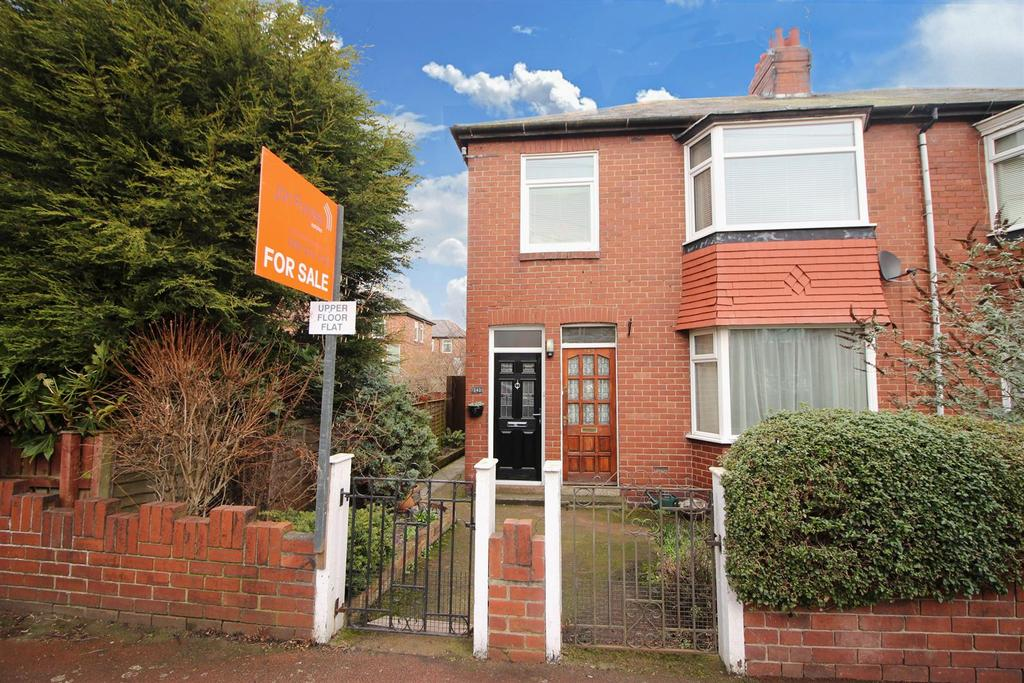2 Bedrooms Flat for sale in Sackville Road, Heaton, Newcastle Upon Tyne