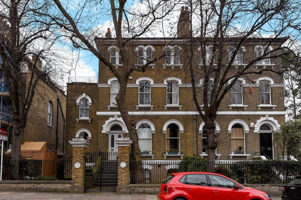 1 Bedroom Flat for sale in Highbury Hill, Highbury
