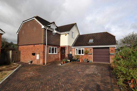 4 bedroom house for sale - West Garth Court, Cowley, EX4
