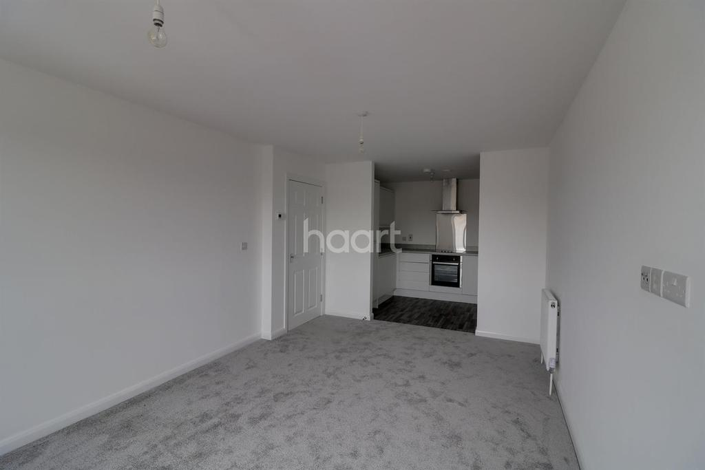 1 Bedroom Flat for sale in Royal Court