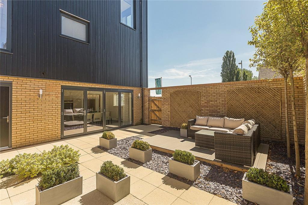 5 Bedrooms Detached House for sale in Paragon, Great Kneighton, Trumpington, Cambridge, CB2