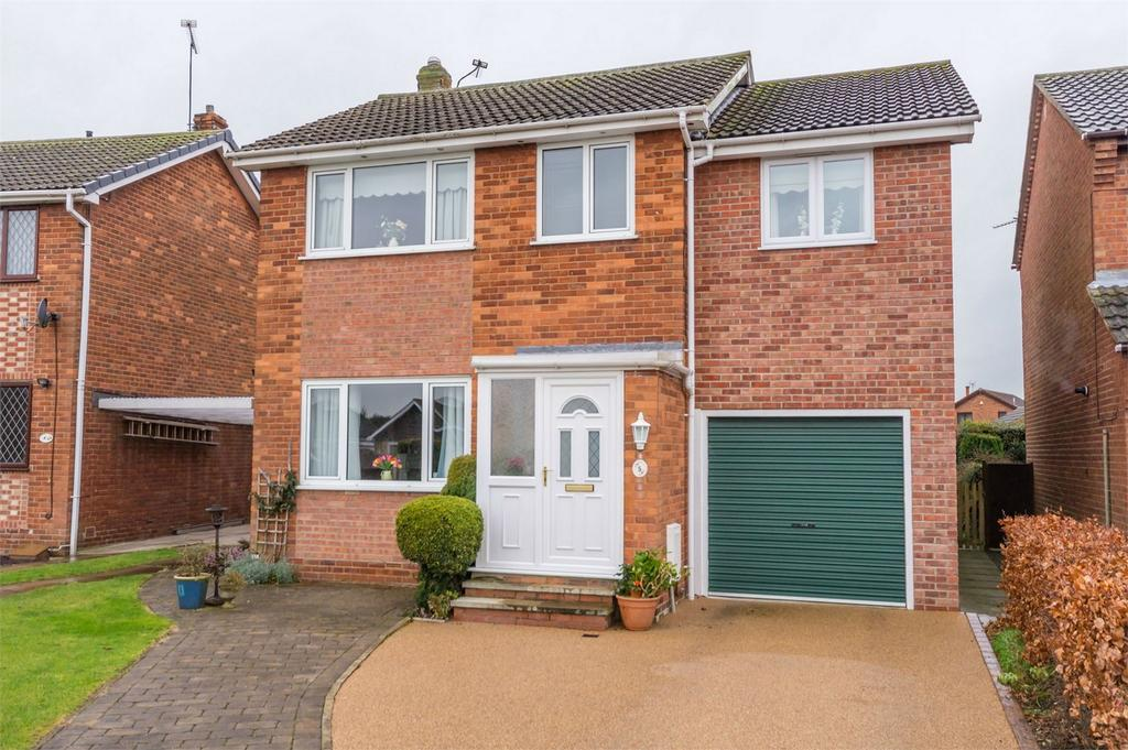 4 Bedrooms Detached House for sale in Greenacres Grove, Brayton, North Yorkshire