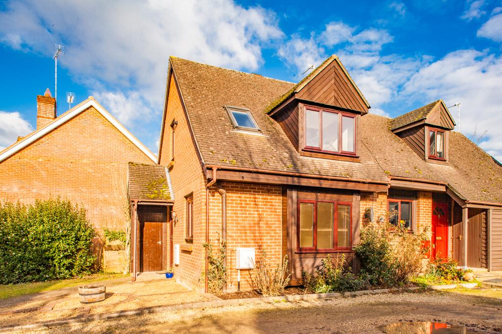 2 Bedrooms Semi Detached House for sale in 40C Wallingford Road, Goring on Thames, RG8