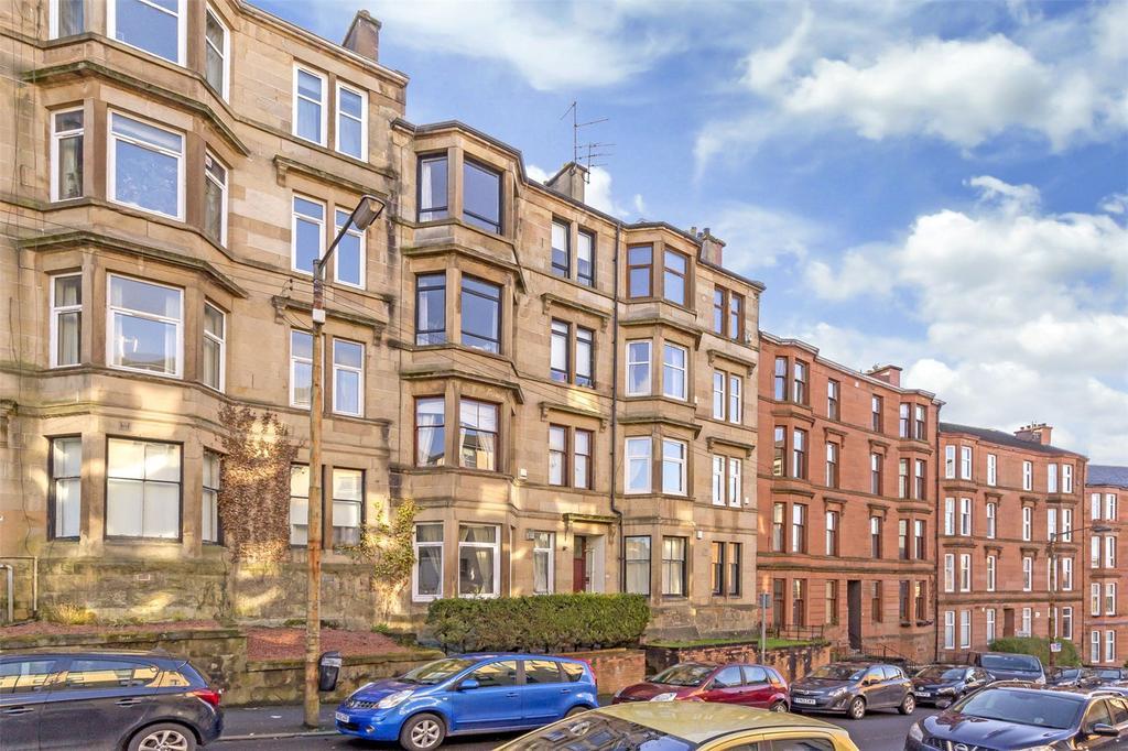 2 Bedrooms Flat for sale in Flat 3/2, 89 Oban Drive, North Kelvinside, Glasgow, G20