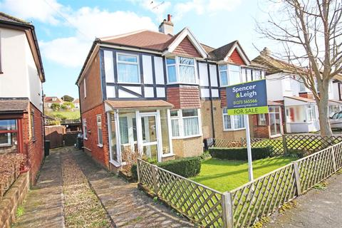 3 bedroom house for sale - Vale Avenue, Patcham, Brighton