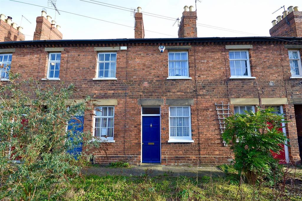 2 Bedrooms House for sale in Mill Road, Lincoln