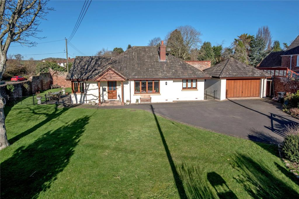 3 Bedrooms Detached Bungalow for sale in High Street, Cannington, Bridgwater, Somerset
