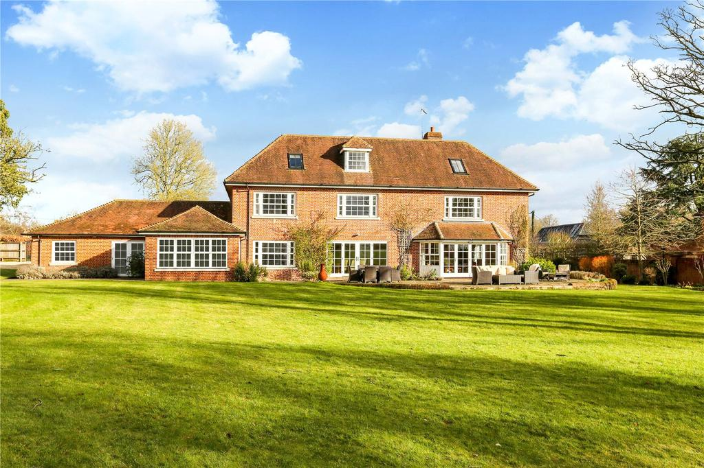 6 Bedrooms Detached House for sale in Mildenhall, Mildenhall, Marlborough, Wiltshire