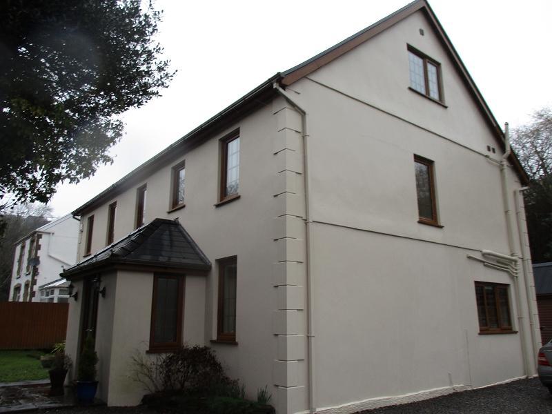 6 Bedrooms Detached House for sale in Efail Fach , Pontrhydyfen, Port Talbot, Neath Port Talbot.