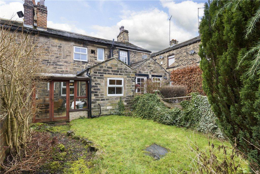 2 Bedrooms Terraced House for sale in Bagley Lane, Farsley, Pudsey, West Yorkshire