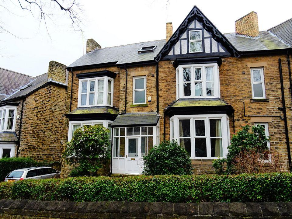 6 Bedrooms Semi Detached House for sale in Rutland Park, Botanical Gardens, Sheffield, S10 2PB