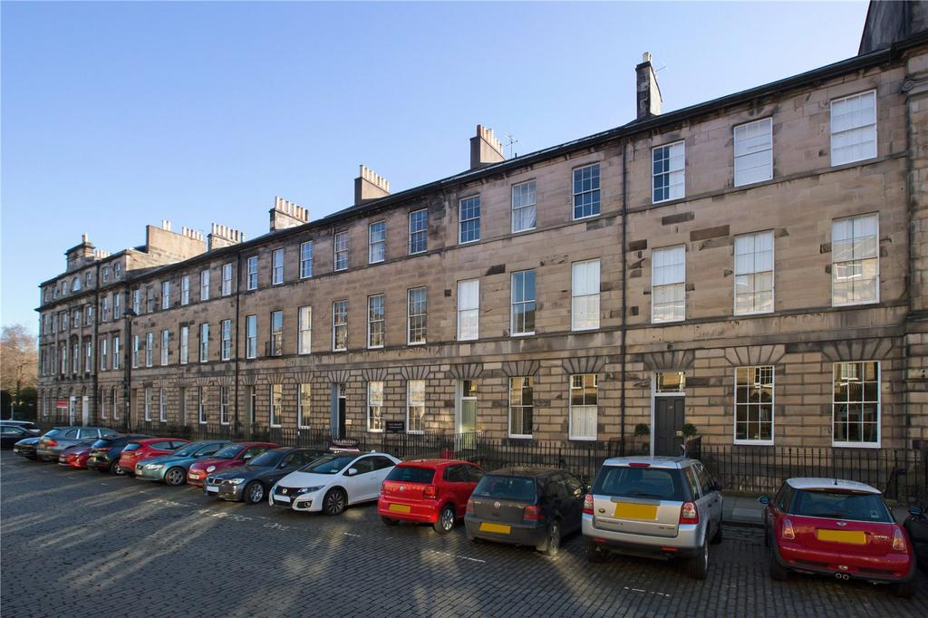 2 Bedrooms Flat for sale in 15/5 Great King Street, New Town, Edinburgh, EH3