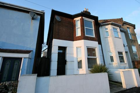 3 bedroom semi-detached house for sale - Swift Road, Woolston, Southampton, SO19 9FL