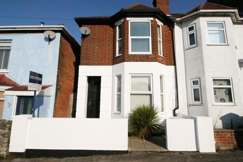 3 bedroom semi-detached house for sale - Swift Road, Woolston, Southampton, SO19 9FL