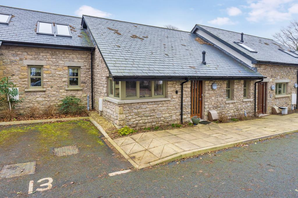 2 Bedrooms Terraced Bungalow for sale in 13 Cove Orchard, Cove Road, Silverdale, Lancashire, LA5 0BF
