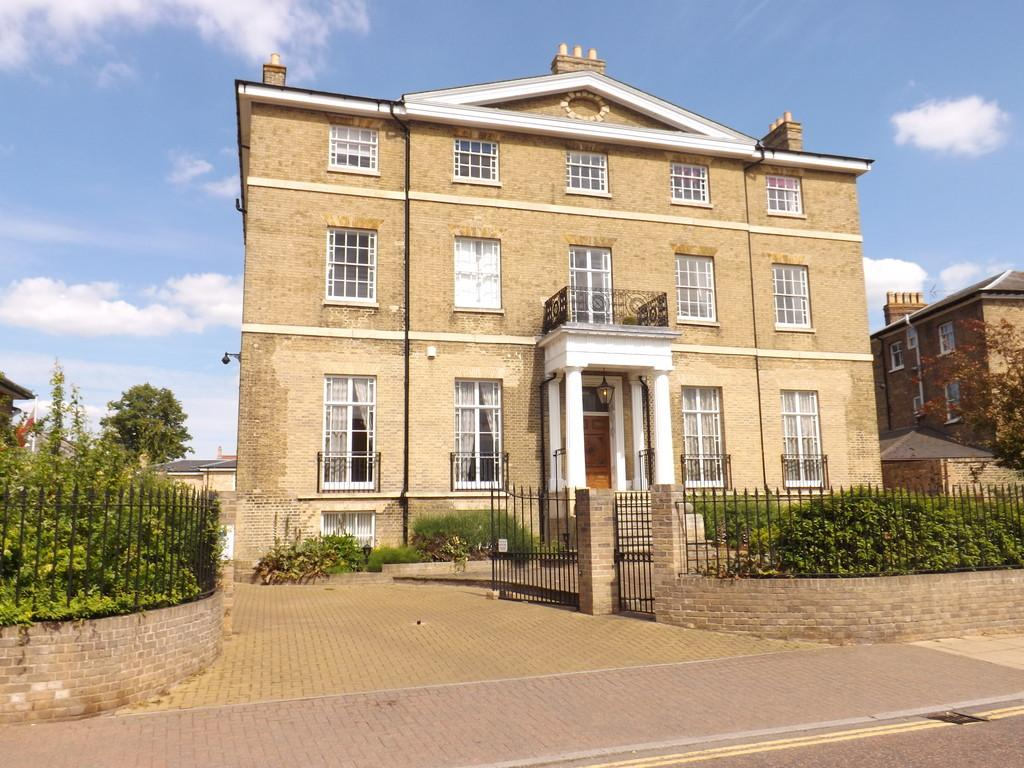 2 Bedrooms Apartment Flat for sale in High Street, Chatteris