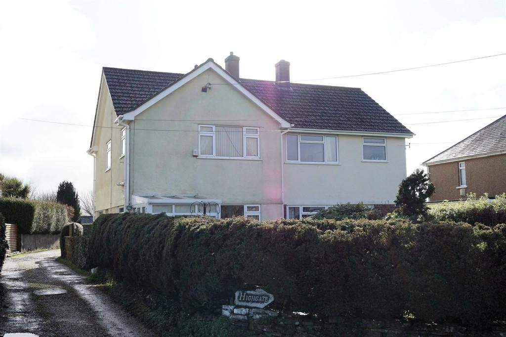 3 Bedrooms Semi Detached House for sale in Bere Alston