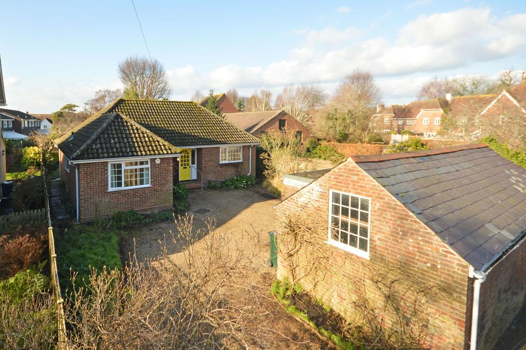 3 Bedrooms Detached Bungalow for sale in Wye, TN25