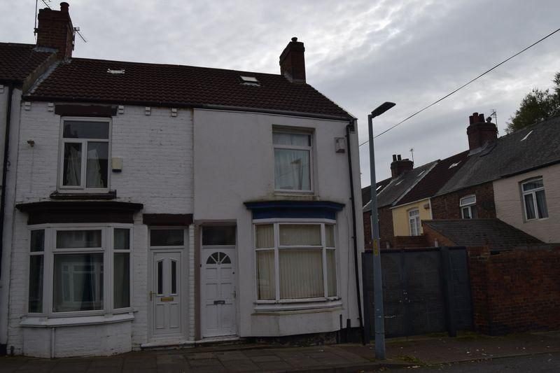 2 Bedrooms Terraced House for sale in Benedict Street, North Ormesby