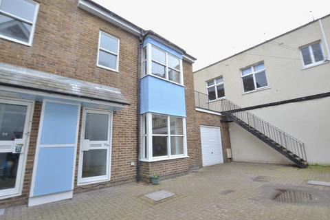 2 bedroom semi-detached house to rent - Middle Street, BRIGHTON, BN1
