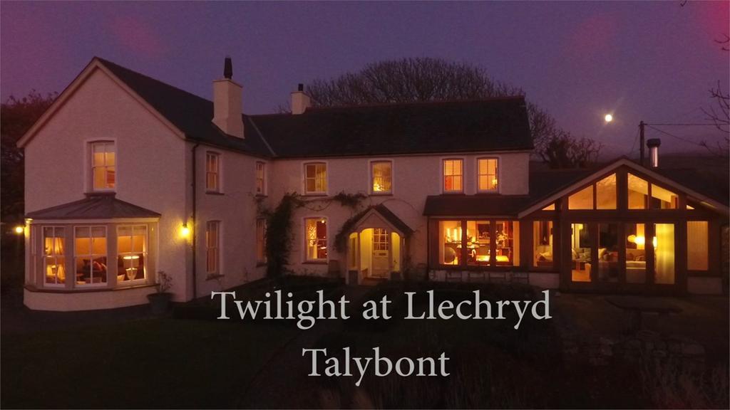 5 Bedrooms Detached House for sale in Ffordd Glan Mor, Talybont, LL43
